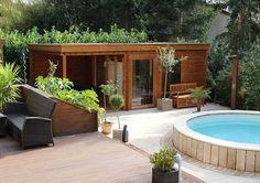 Independent Sauna Haus next to Outdoor Hot Tub - Design Gartenhaus Backyard Hammock, Small Backyard Pools, Small Pools, Pool Decks, Sauna House, Sauna Room, Building A Sauna, Cabana, Outdoor Sauna