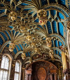 Ceiling detail at Hampton Court Palace, England by Charli52