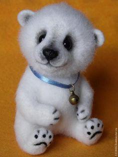 """Купить Игрушка из шерсти """"Белый медвежонок"""" - белый, Сухое валяние, игрушки из войлока, игрушка из шерсти"""