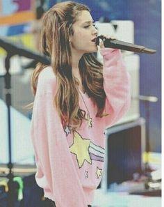My idol iz da cutest ♡ Frankie Grande, Ariana Grande Performance, Ariana Instagram, Ariana Grande Dangerous Woman, Bae, Ariana Grande Pictures, Nicki Minaj, Her Style, Role Models