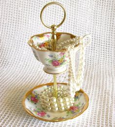 Gold Floral Jewelry Holder, Tidbit Tray, Mini Tea Party Stand Centerpiece Display, Vintage China Cup & Saucer by High Tea for Alice Vintage China, Vintage Tea, Vintage Stuff, Cup And Saucer Crafts, Tea Display, Teacup Crafts, China Crafts, Estilo Shabby Chic, Jewelry Holder