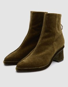 Ring Slim Boots in Olive