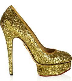 http://zapatosdefiestaonline.com/2014/03/18/modelos-de-zapatos-de-tacon-brillos/