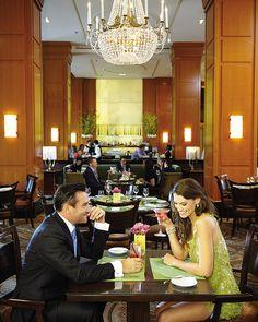 Desfrute de um jantar romântico THE Blvd