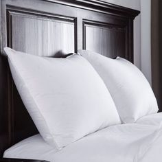 Puredown Luxury White Goose Down Pillow 400 Thread Count Egyptian Cotton Fabric, Standard/Queen, Set of 2
