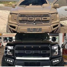Ford will Electrify Models Mustang, Explorer and Bronco - Will This be a Good Step For Ford? Motor Spot, Supercars, New Bronco, Ford F150 Raptor, Suv Models, Jeep Suv, Ford Pickup Trucks, Gt Cars, Power Cars