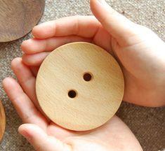 大きな木のボタン