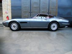 old school Giugiaro: Maserati Ghibli 5000 SS Carrozzeria Ghia (1969-1973)
