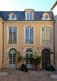 Hôtel Nepveu de Rouillon - mi-XVIème siècle