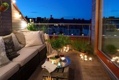 Balcony design romance Lighting with wind lights Candle Ideas rnrnSource by sabinefeder Cozy Living Spaces, Small Living Rooms, Living Area, Maximize Small Space, Small Spaces, Boho Deco, Balcony Lighting, Balkon Design, Small Balcony Decor