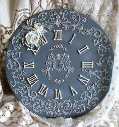 Купить или заказать Часы настенные 'Веджвут' в интернет-магазине на Ярмарке Мастеров. часы настенные, выполнены в технике рельефной росписи (объемной живописи), которые могут стать ярким акцентом в вашем доме. Механизм работает от одной пальчиковой батарейки (батарейка не входит в комплект). Поставляется с настенным креплением. Часы отправляю тщательно упакованными с защитой стрелок. Перед отправкой часы сутки проверяю на точность хода.