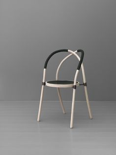 Bow Chair. Lisa Hilland