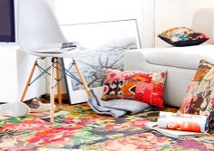 Patchwork Fantastic - Beautiful textiles I am sure to find lots I want for my cabin by the lake....