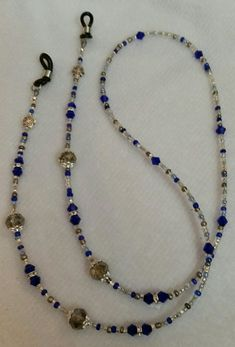 My eyeglass holders Diy Jewelry, Beaded Jewelry, Handmade Jewelry, Jewelry Making, Necklace Holder, Beaded Choker, Handmade Bracelets, Eyeglasses, Jewels