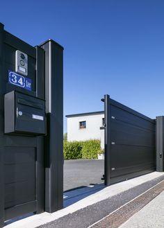 House Main Gates Design, Main Entrance Door Design, Front Gate Design, Sliding Door Design, Door Gate Design, Sliding Gate, Entrance Gates, House Design, Building Exterior