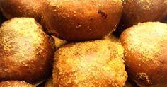 ハワイのスイーツ「マラサダ」を砂糖の代わりにココナッツシュガーを使って作りました。ココナッツの風味がとてもおいしいです!
