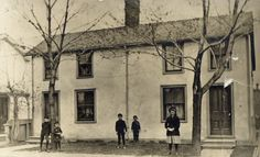 Crown, William, houses on Asquith Ave., n. side, betw. Yonge St. & Park Rd. : Toronto Public Library