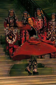 Turkmen Folk Dance