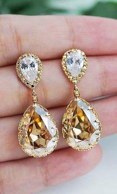 bridal jewelry sure to stun like these drop down earrings by Earrings Nation http://www.earringsnation.com/