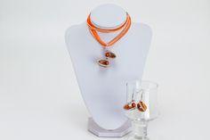 Upcycycling Kettenanhänger Orange Ohrringe Kette von Sylo Ketten auf DaWanda.com