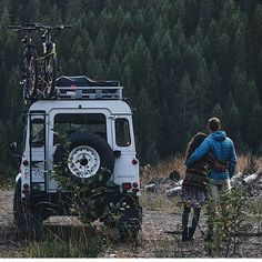 SEND A PIC Photo by: @talulaad #defender #landroverdefender #defender90 #defender110 #defender130 #landroverseries