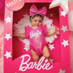 Barbie baby in a box Baby Girl Romper, Baby Girl Newborn, Baby Barbie, Barbie Doll, Girl Barbie, Baby Girl Halloween Costumes, Baby First Halloween, Halloween Baby Pictures, Photo Bb
