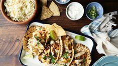 Baja Fisch Tacos, Baja Fisch Tacos Rezept - Genius Kitchen Source by annepmorris. Shrimp Recipes, Fish Recipes, Mexican Food Recipes, Ww Recipes, Most Popular Recipes, Great Recipes, Favorite Recipes, Mango Salsa, Party