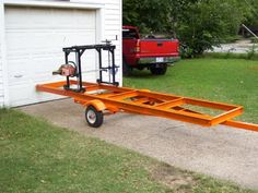 Home-Built Portable Chainsaw Mill - Chainsaw - Ideas of Chainsaw Homemade Chainsaw Mill, Homemade Bandsaw Mill, Portable Chainsaw Mill, Portable Saw Mill, Woodworking Projects Diy, Welding Projects, Woodworking Tools, Wood Projects, Lumber Mill
