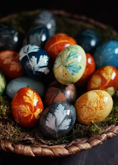 Botanical Eggs and a Spring Equinox Ritual For New Growth — The Wondersmith Altar, Vernal Equinox, Sabbats, Beltane, Egg Art, New Growth, Book Of Shadows, Easter Crafts, Easter Eggs