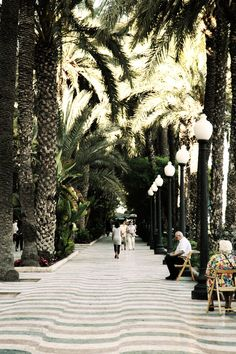Alicante, I remember these days walking on here in Spain. Places To Travel, Places To Visit, Spain And Portugal, Vacation Trips, Vacation Travel, Spain Travel, Landscape Art, Wonders Of The World, Destinations
