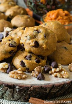 Soft Pumpkin Chocolate Chip Cookies - Soft pumpkin cookies loaded with chocolate chips and walnuts. So delicious! #OXOGoodCookies