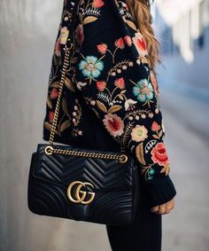 Embroidered flower jacket and bag from Gucci - photograph by @agathavpw