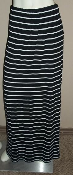 Beautiful Black and White Striped Maxi Skirt Size Large #GRGMontreal #Maxi