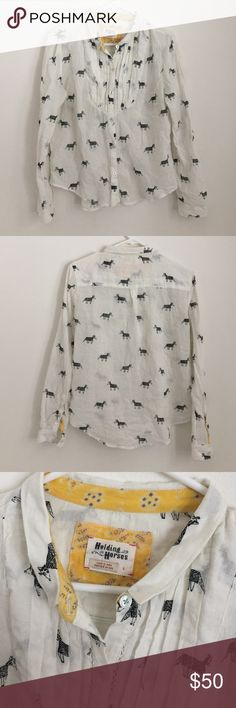 Anthropologie Holding Horses Print Button Up Great condition! Anthropologie Tops