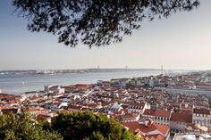 El mirador del Castelo de Sao Jorge es uno de los lugares para sacar fotos de Lisboa