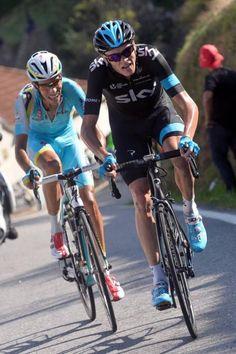 Vuelta a España 2014 - Stage 18: A Estrada - Monte Castrove en Meis 157km photos - Chris Froome (Team Sky) with Fabio Aru (Astana)