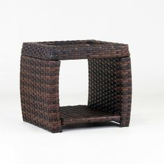 3 Simple and Modern Ideas Can Change Your Life: Wicker Headboard Spaces wicker furniture fabric.Round Wicker Mirror wicker headboard pier one. Wicker Bedroom Furniture, Indoor Wicker Furniture, Wicker Dresser, Wicker Couch, Wicker Trunk, Wicker Headboard, Wicker Mirror, Wicker Shelf, Wicker Table
