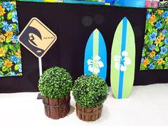 Recebemos essa encomenda muitoespecial: MESA SURF!!! Adorei fazer e amei o resultado final!!! Modéstia a parte... lindaaaa!! Feita com ...