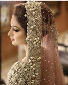 Image about girl in Pakistani Bride🌹💘💍 by ❤️ Pakistan Kiss ❤️ Asian Bridal Dresses, Bridal Mehndi Dresses, Pakistani Wedding Outfits, Indian Bridal Outfits, Bridal Dress Design, Pakistani Wedding Dresses, Bridal Style, Walima Dress, Bridal Anarkali Suits