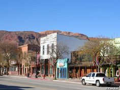 Downtown Moab Utah Outwest Places I Ve Been Utah