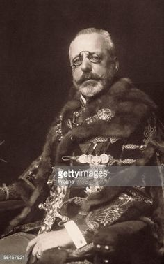 Stephan Earl Burian-Rajecz , Austrian politician, minister of finance 1893-1912 and 1916-1918, foreign minister 1915/16 and 1918. Photography, around 1915. [Stephan Graf Burian-Rajecz ,...