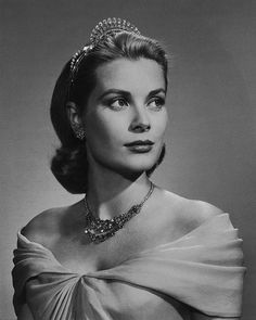 Yousuf Karsh: Grace Kelly, 1956. Van Cleef & Arpels diamond tiara that Princess Grace wore at the wedding of her daughter Caroline to Philippe Jugnot in 1978. Platinum set with pear-shaped diamonds, marquise-shaped diamonds and round diamonds, weighing 77.34 carats. Cartier Necklace from 1963, in platinum and  diamonds which she received as a wedding gift.