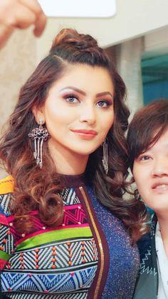 Bollywood Makeup, Bollywood Actors, Bollywood Celebrities, Indian Film Actress, Indian Actresses, South Actress, Glamorous Wedding, India Beauty, Beautiful Actresses