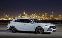 2017 Honda Civic hatchback first drive: Practically fun Honda Civic Si Hatchback, Honda Civic 2017, Honda Civic Coupe, Hatchback Cars, Civic Sedan, Honda Bikes, Honda Cars, New Honda, Black Wheels