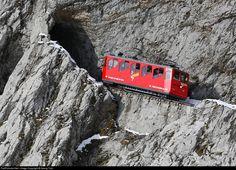 Пилатусбан / Швейцария считается самой крутой железной дорогой в мире