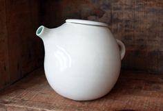 fat tea pots are the best tea pots