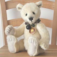 Blizzard - Charlie Bears