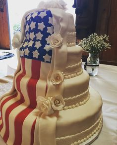 Discover recipes, home ideas, style inspiration and other ideas to try. Country Engagement Pictures, Winter Engagement Photos, Engagement Photo Poses, Engagement Shots, Beach Engagement, Engagement Photography, Military Wedding Cakes, Military Cake, Military Weddings