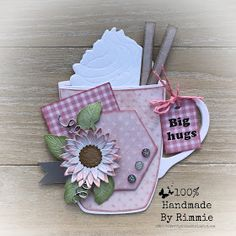 Handmade By Rimmie: Mijn kaarten in The Catalog 2018 popupboxcards Handmade Headbands, Handmade Crafts, Marianne Design Cards, Purple Cards, Coffee Cards, Shaped Cards, Card Sketches, Halloween Cards, Happy Birthday Cards