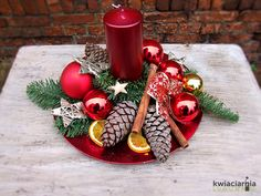 Christmas Candle, Christmas Centerpieces, Christmas Wedding, Christmas Time, Christmas Wreaths, Christmas Crafts, Merry Christmas, Christmas Decorations, Xmas